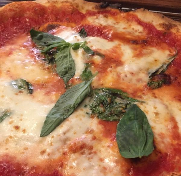 Mammargherita Pizza: San Marzano tomatoes,  fior di latte  mozzarella, basil