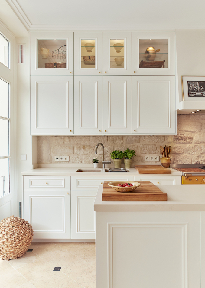 Custom-designed kitchen at the new rue de Bac cooking studio