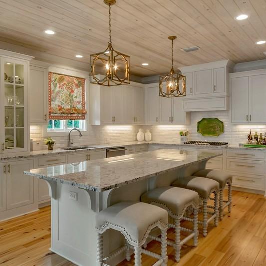 Baker kitchen (2).jpg