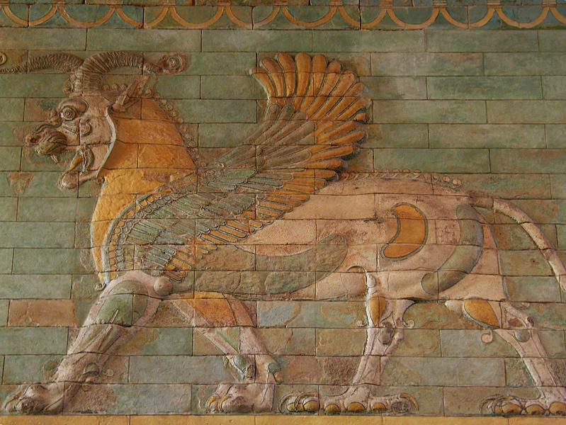 799px-Frieze_of_Griffins,_circa_510_BC,_Apadana,_west_courtyard_of_the_palace,_Susa,_Iran_Susa,_Iran,_Louvre_Museum_(12251831946).jpg