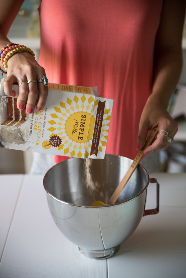 simple-mills-cake-mix