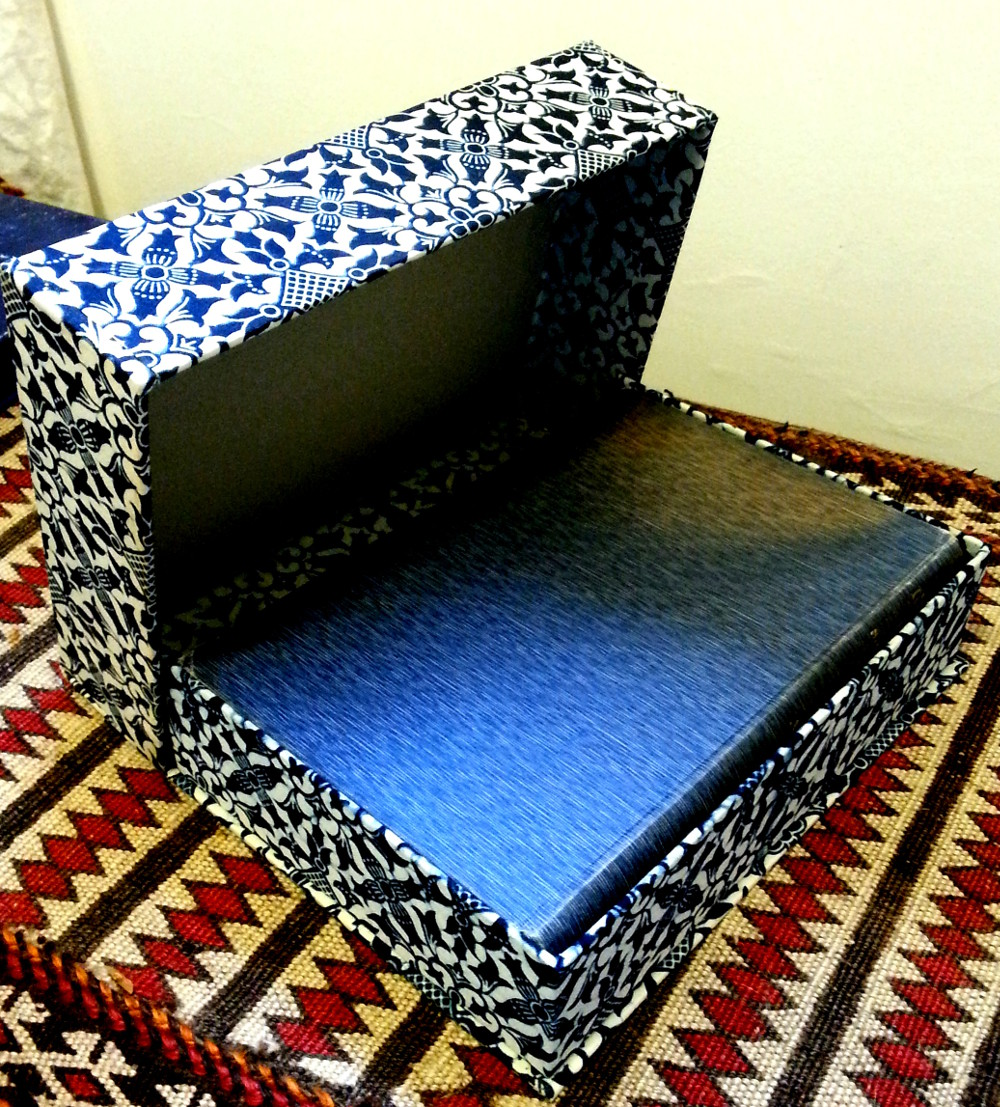 box, Indonesian batik