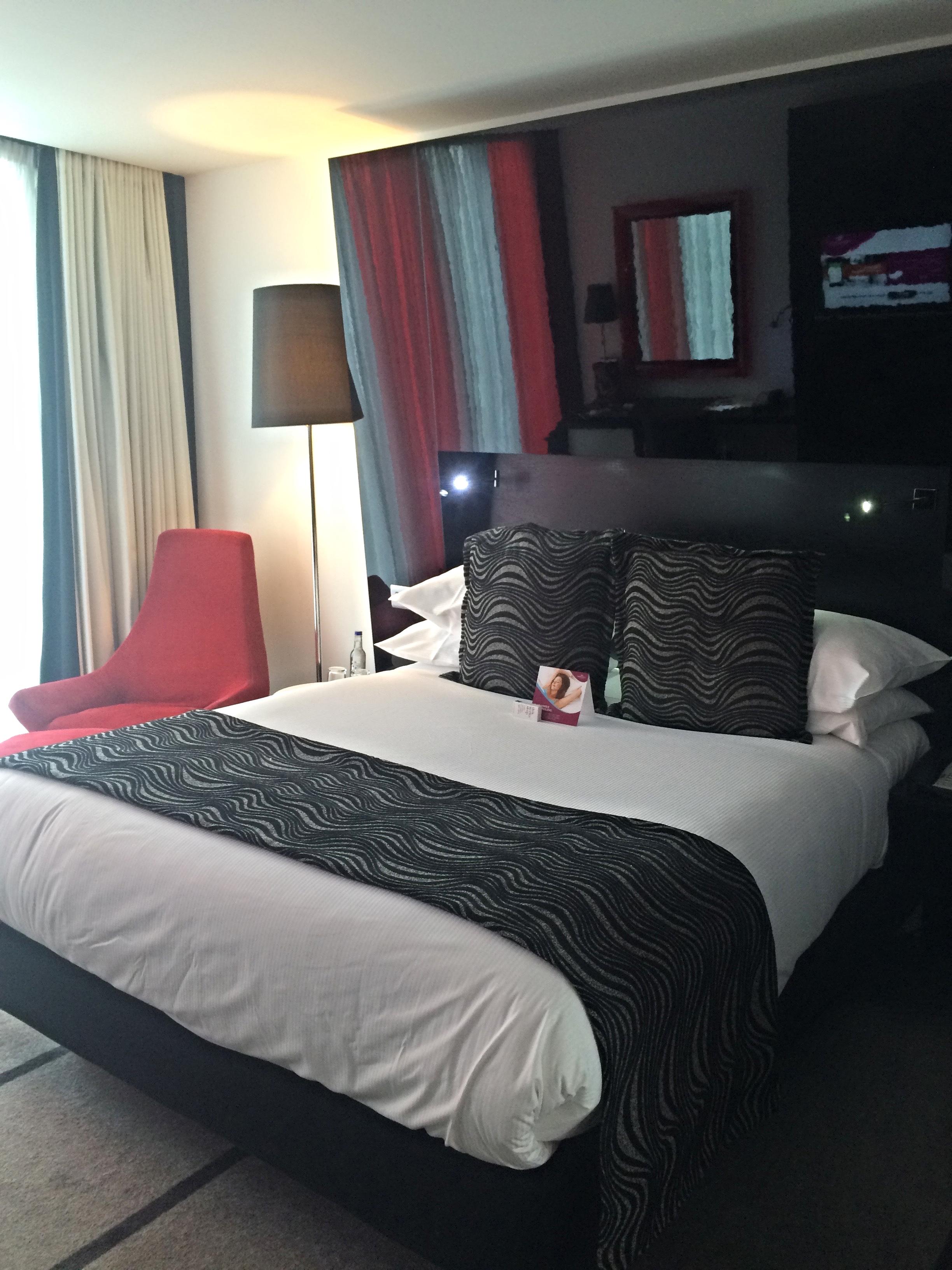 IMG_8548 bed.jpg