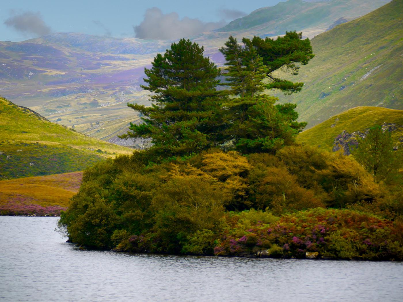 36_Dragon Lake_Graham Chubb