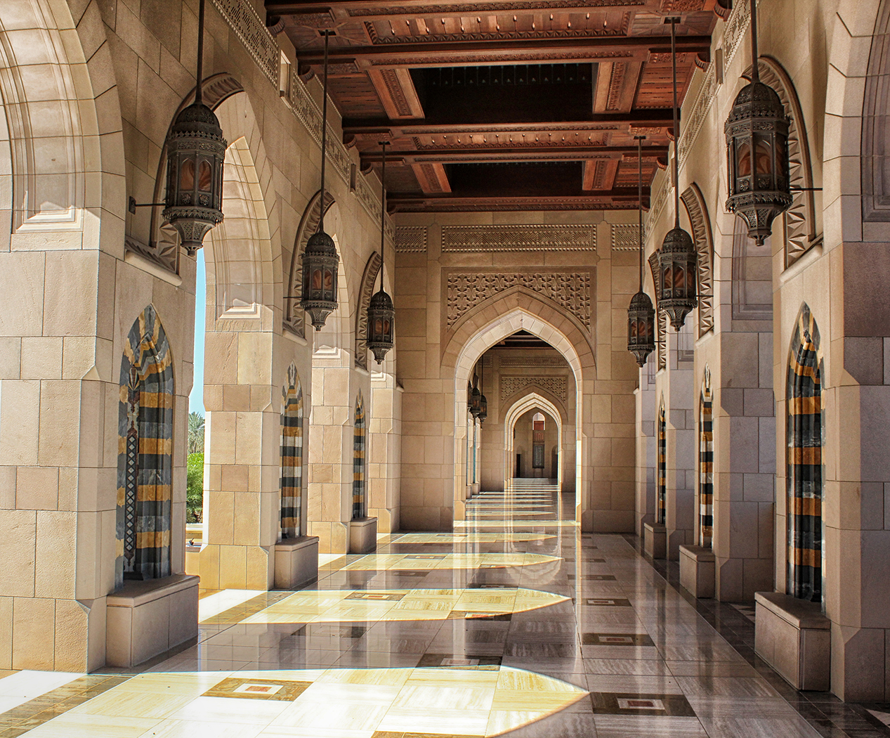 'Grand Mosque Muscat' by Linda Oliver