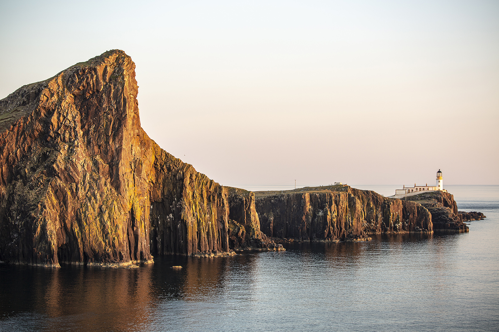 'Neist Point' by Paul Rigg