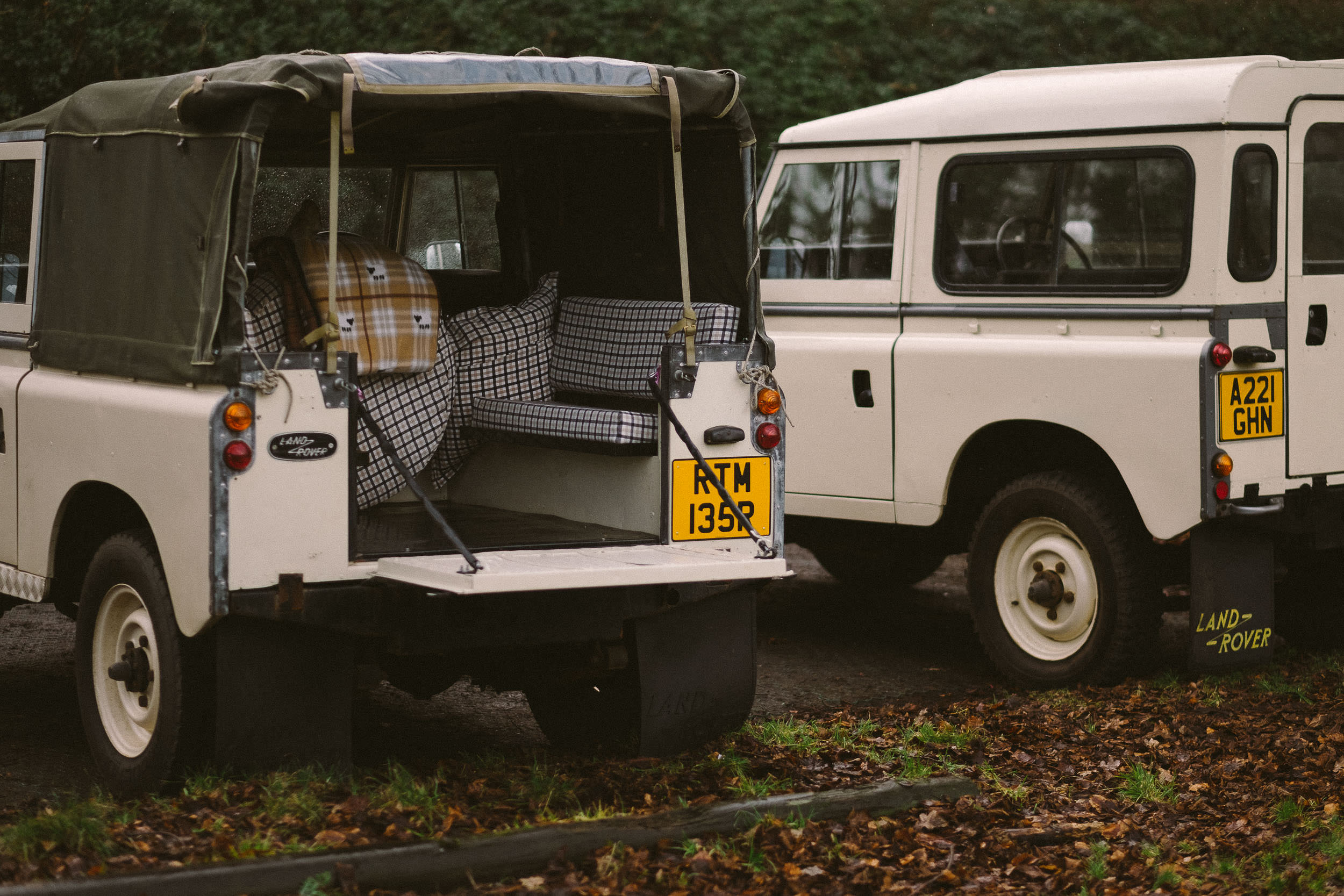 Land Rover Wedding Hires for Northumberland elopements by Barry Forshaw-0004.jpg