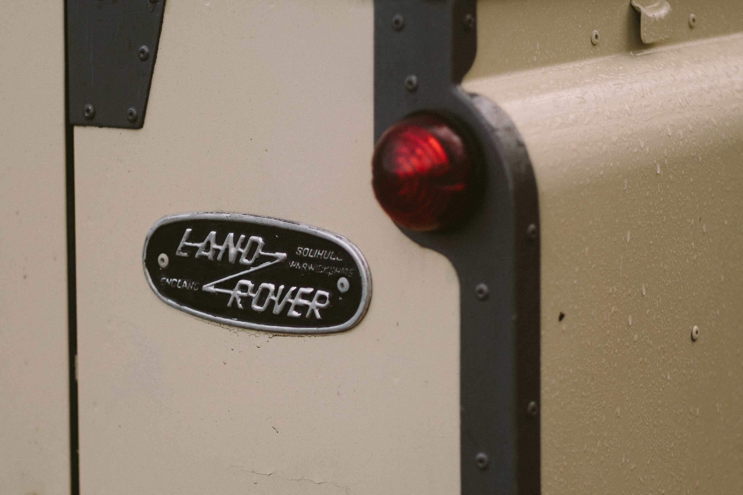 Land Rover Wedding Hires for Northumberland elopements by Barry Forshaw-0006.jpg