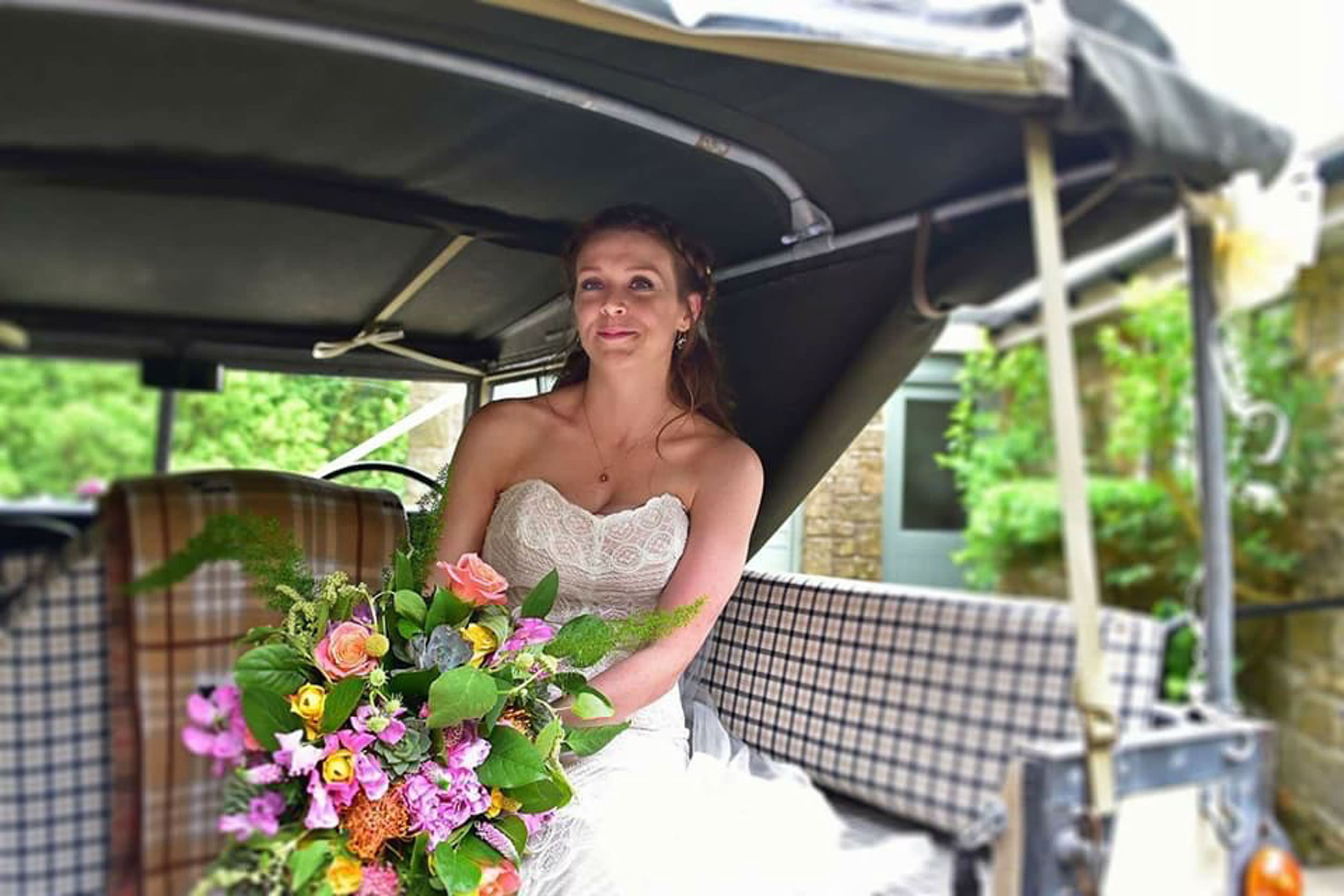 Land Rover Wedding Hires for Northumberland elopements by Barry Forshaw-0020.jpg
