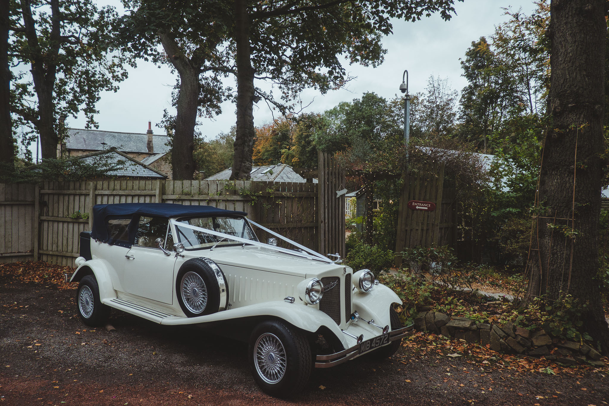 The wedding car parked up outside The Parlour at Blagdon on an autumn day