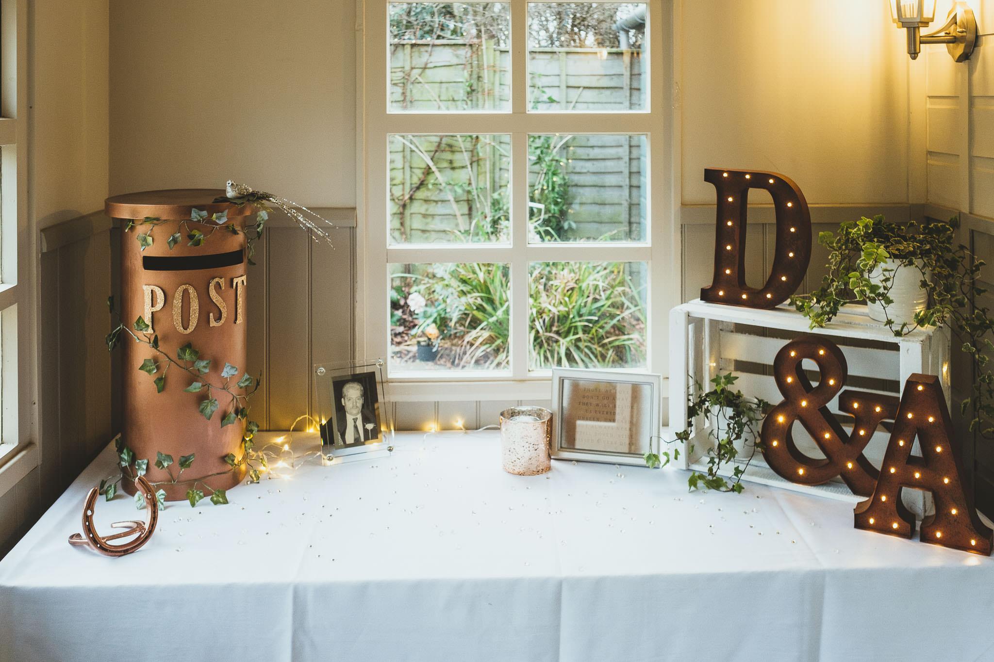 Wedding post box and memory table