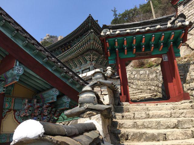 Mangwolsa Buddhist Temple (©Deborah Clague/Oblada.com)