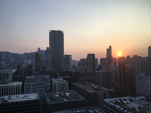 Hong Kong sunrise (©Deborah Clague, 2018).