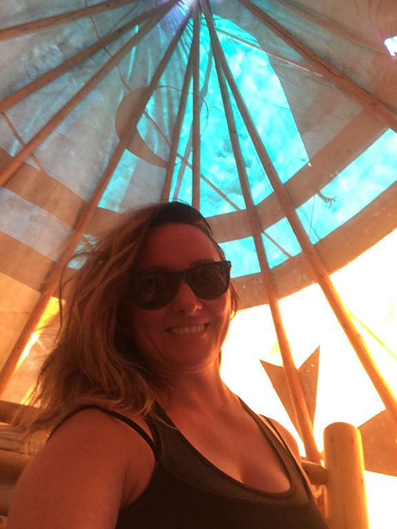 Teepee selfie, Williams, Arizona (©Deborah Clague, 2018).