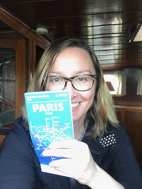 Guide in hand, ready to take on the City of Light (©Deborah Clague, 2019).