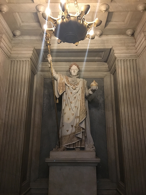 Statue of Napoleon in his coronation clothing, Les Invalides (©Deborah Clague, 2019).