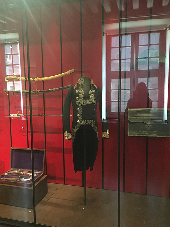 Napoleon's clothing worn during the Battle of Marengo (1800), Les Invalides (©Deborah Clague, 2019).