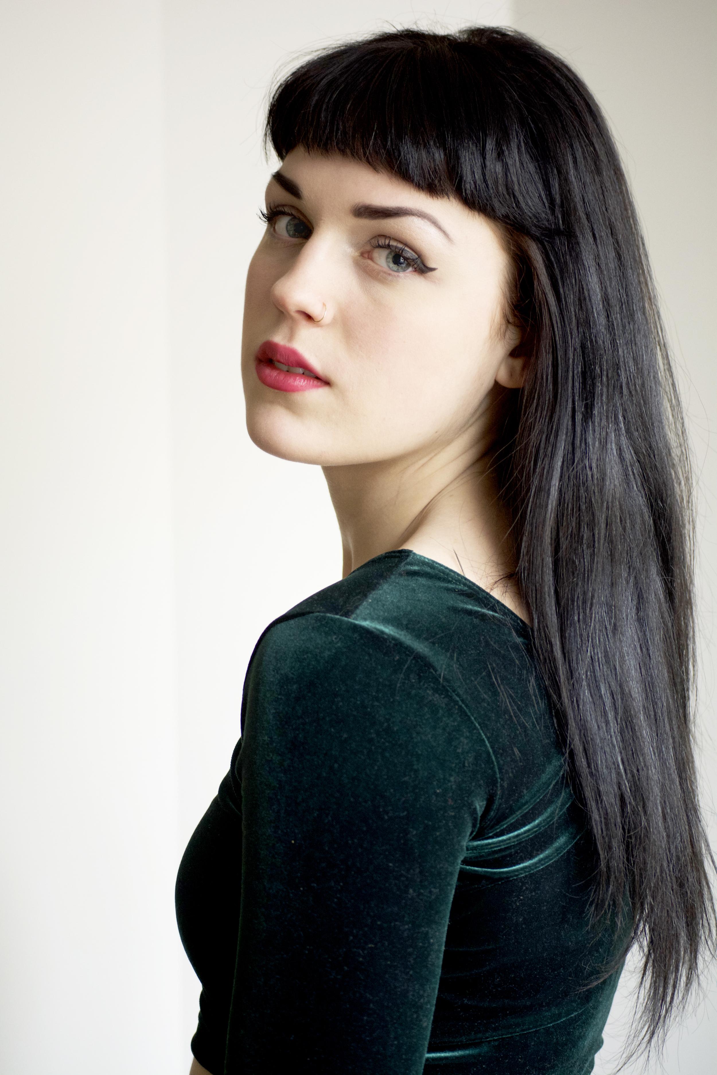 Caitlin1A.jpg
