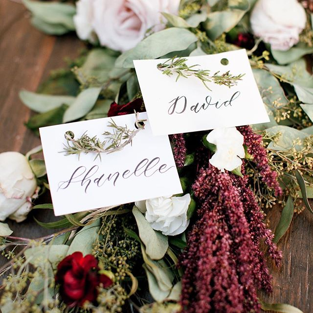 A little peek from the detail of Shanelle + David's wedding back in September. 📷: @lehuanoelle . . . . 👰🏽🤵🏻 WEDDING TIP: If you love the look of calligraphy but it doesn't quite fit your budget you can ask about pricing for brush pen lettering which is still very lovely but a bit more affordable! #weddingcalligraphy