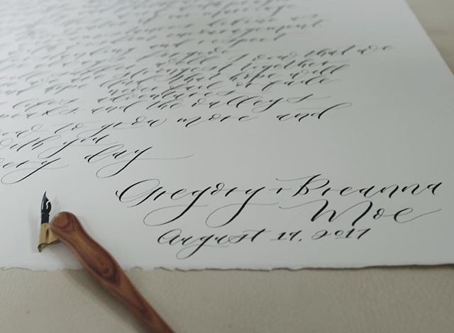 Need some Valentine's Day gift inspo? What could be more special than your wedding vows in script calligraphy?! These are some of my very favorite projects to do. Contact me for a custom commission! 🖋 #moderncalligraphy