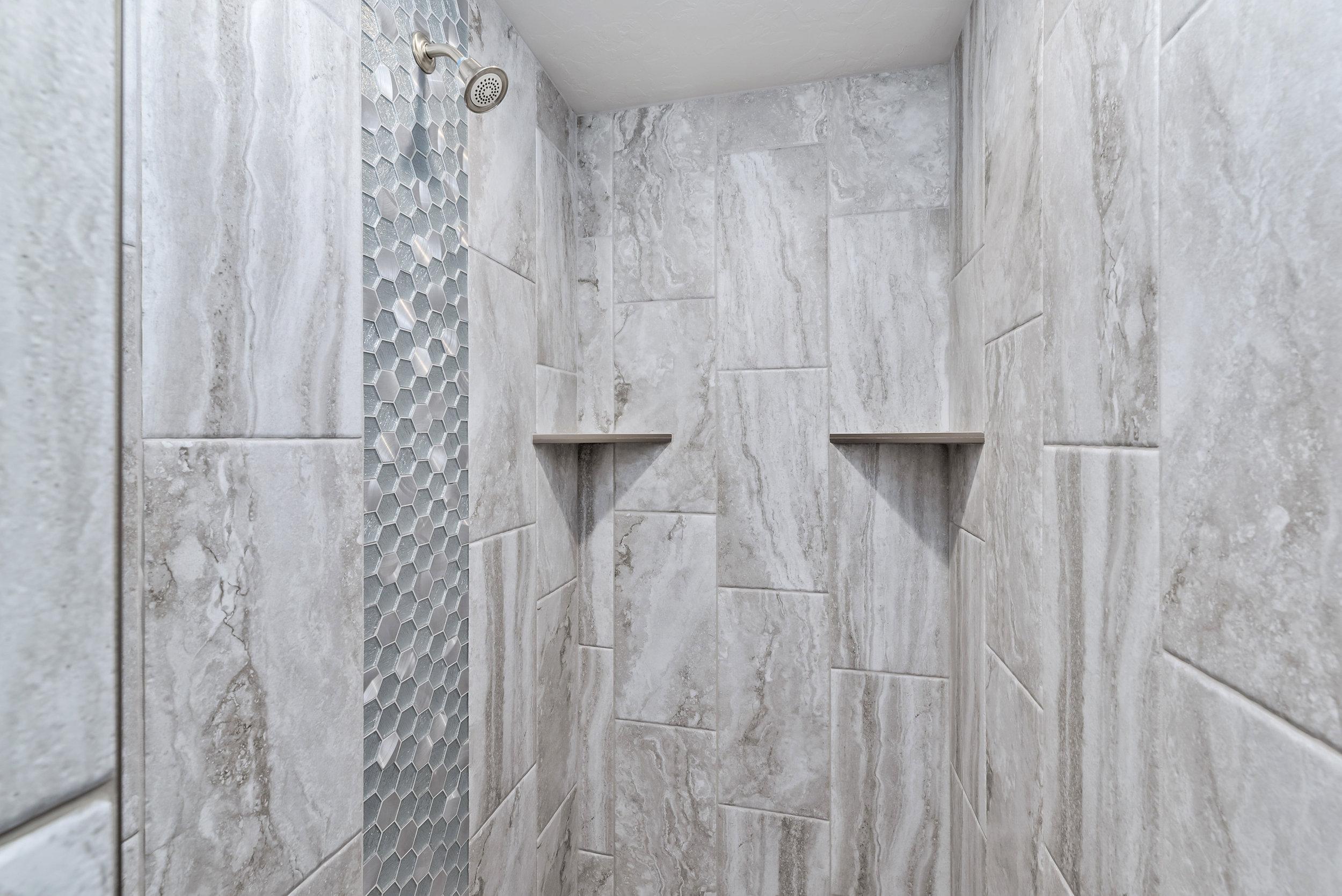 31-Master Bathroom.jpg