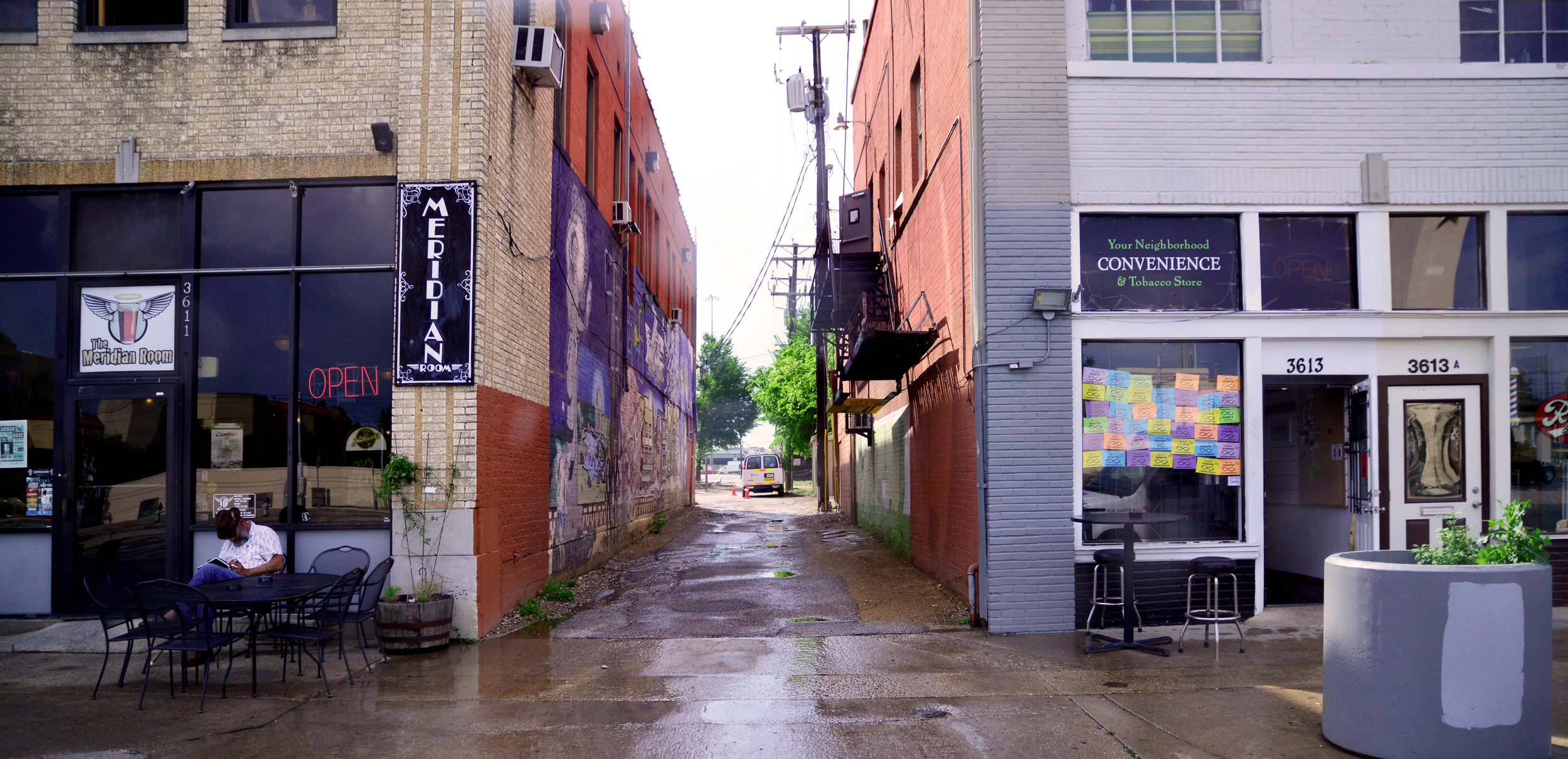 View down an alley along Parry Ave. All photographs by Charlie Pruitt.