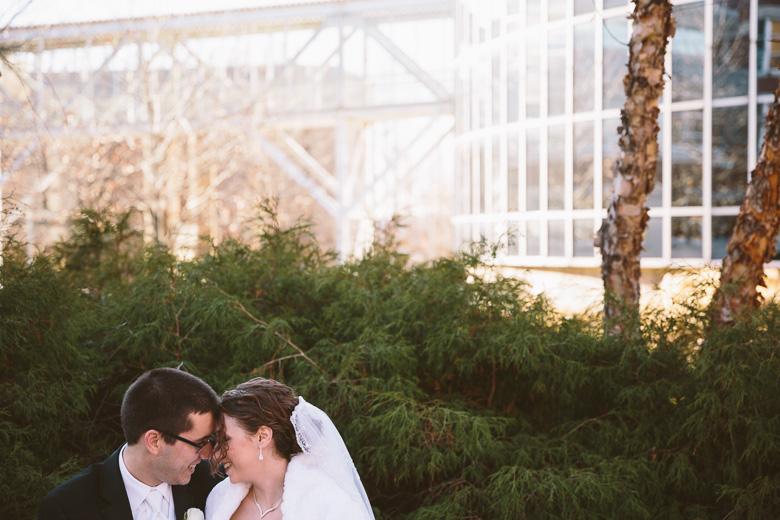 akron-ohio-wedding-photographer_nicole-jason-50.jpg
