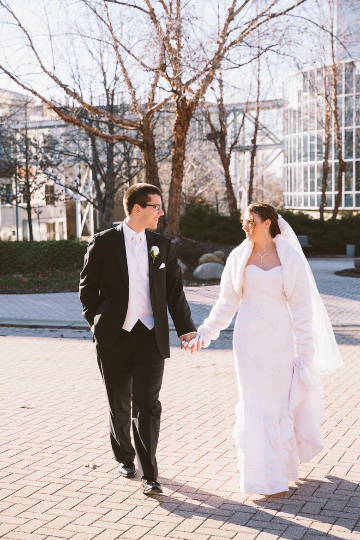 akron-ohio-wedding-photographer_nicole-jason-51.jpg