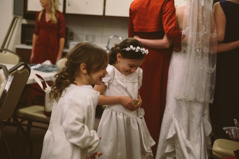 akron-ohio-wedding-photographer_nicole-jason-63.jpg