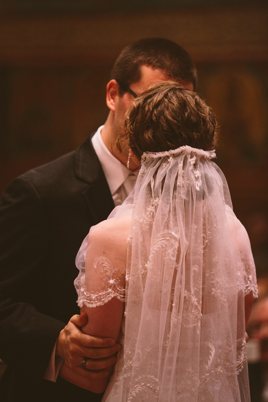 akron-ohio-wedding-photographer_nicole-jason-93.jpg