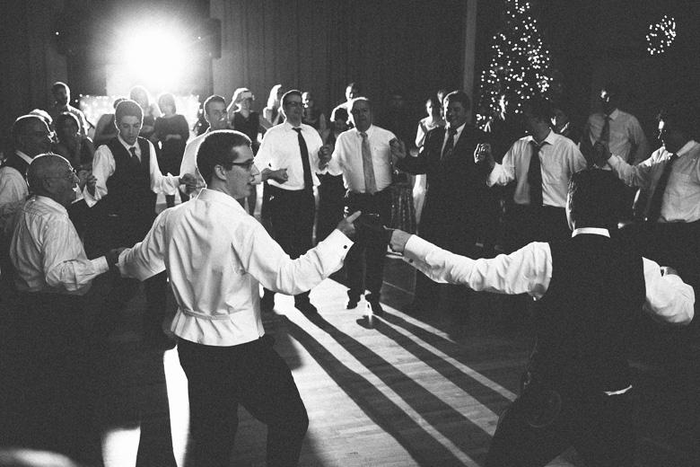 akron-ohio-wedding-photographer_nicole-jason-114.jpg