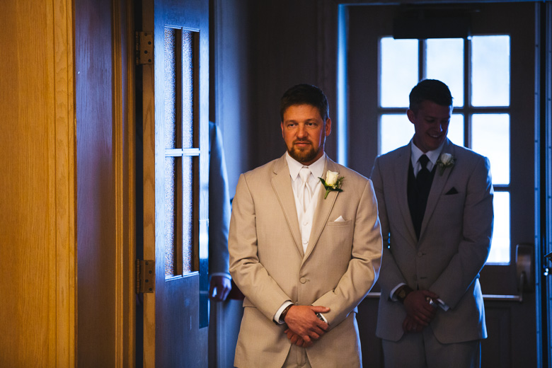 cleveland-wedding-photographer_amy-adam-12.jpg