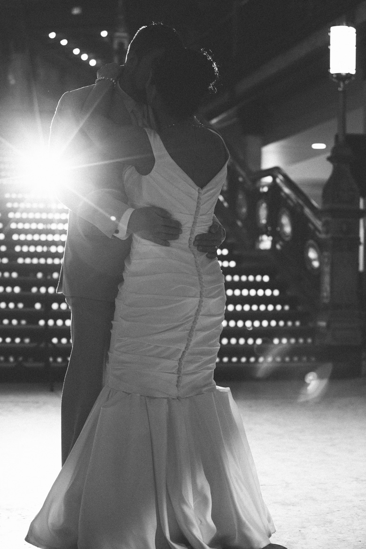 cleveland-wedding-photographer_amy-adam-45.jpg