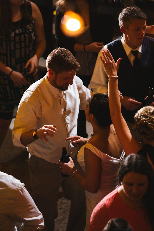 cleveland-wedding-photographer_amy-adam-57.jpg