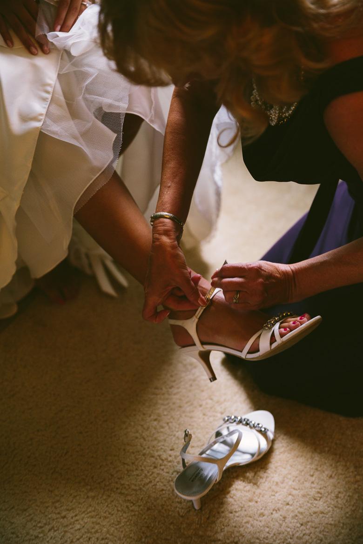 west-lake-ohio-wedding-photography_melissa-matthew-17.jpg