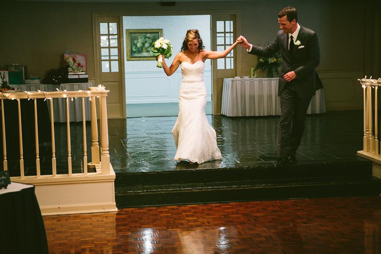 west-lake-ohio-wedding-photography_melissa-matthew-101.jpg