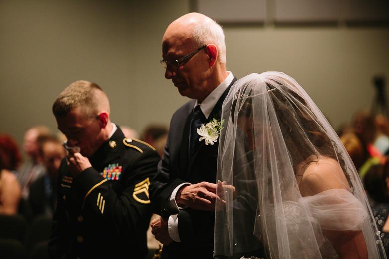 kent-stow-ohio-wedding-photography_lizz-matt-80.jpg