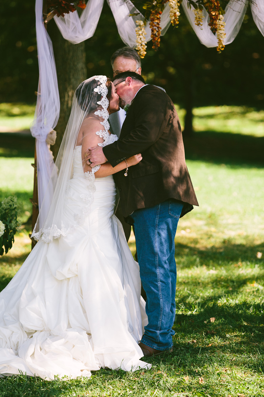 medina-lodi-ohio-wedding-photography_melissa-chris-59.jpg