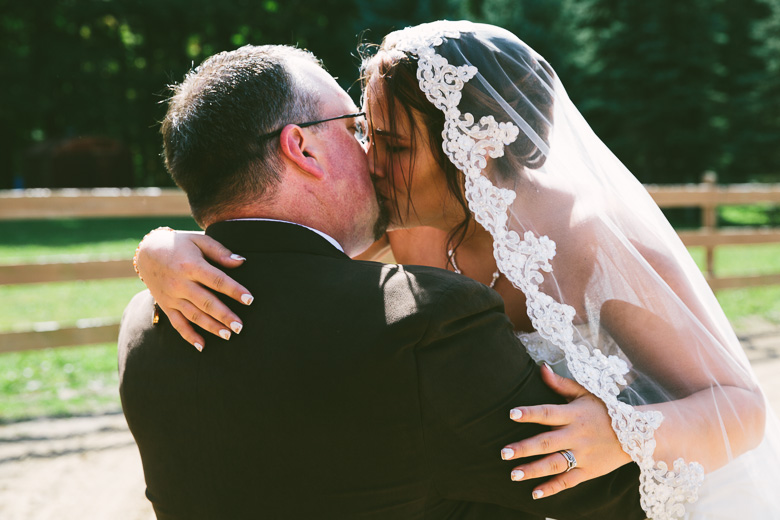 medina-lodi-ohio-wedding-photography_melissa-chris-87.jpg