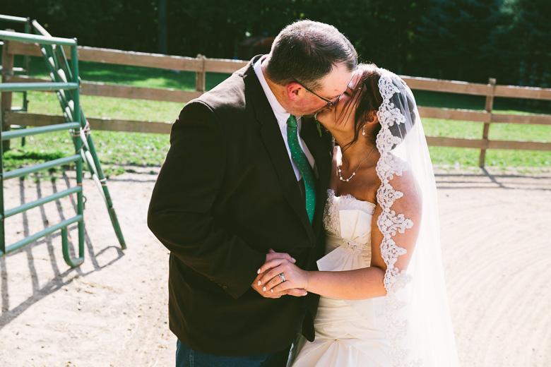 medina-lodi-ohio-wedding-photography_melissa-chris-89.jpg