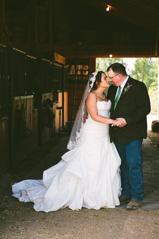 medina-lodi-ohio-wedding-photography_melissa-chris-96.jpg