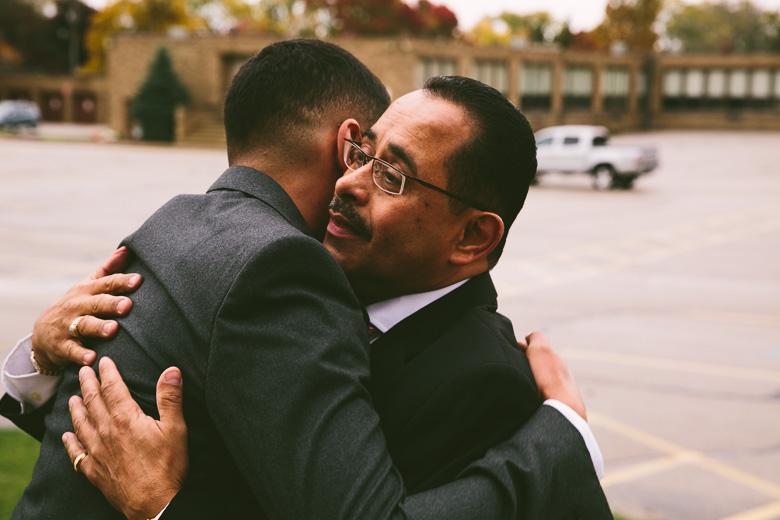 cleveland-ohio-wedding-photographer_brittany-elvis-34.jpg