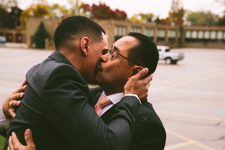 cleveland-ohio-wedding-photographer_brittany-elvis-35.jpg