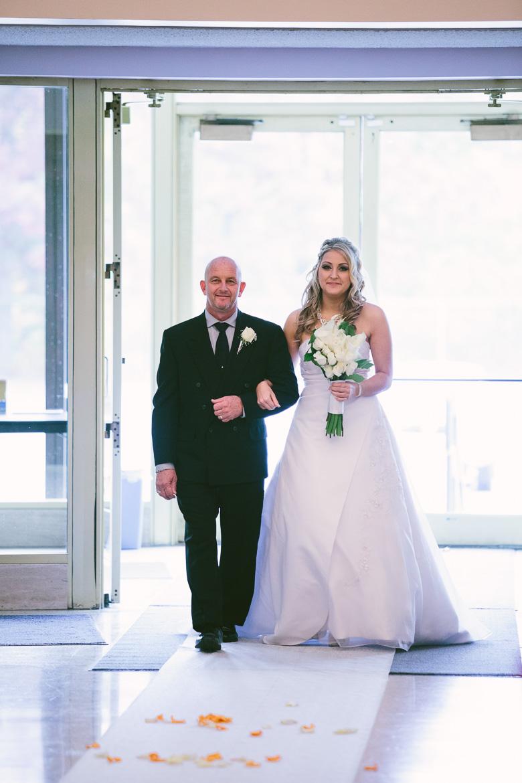 cleveland-ohio-wedding-photographer_brittany-elvis-63.jpg