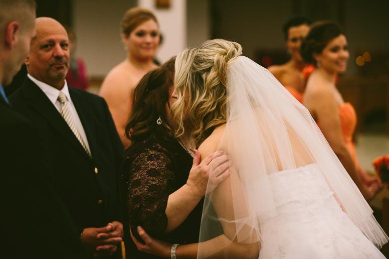 cleveland-ohio-wedding-photographer_brittany-elvis-78.jpg