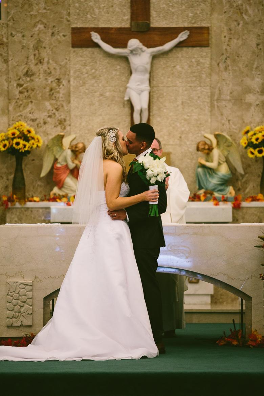 cleveland-ohio-wedding-photographer_brittany-elvis-80.jpg