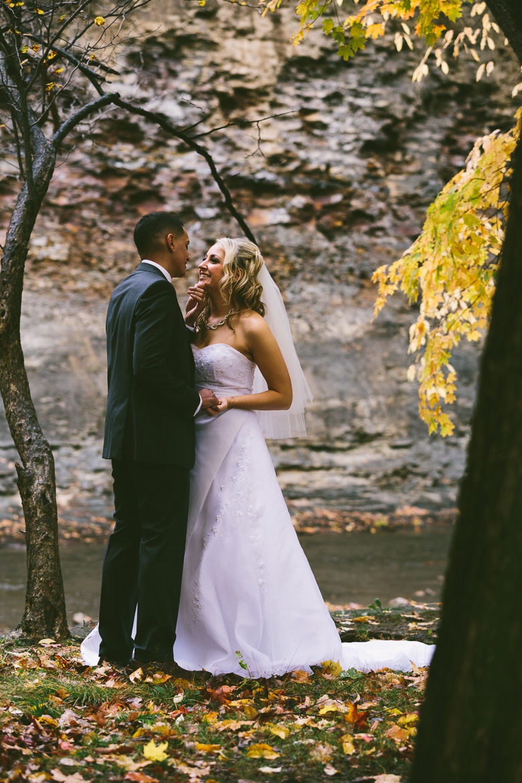 cleveland-ohio-wedding-photographer_brittany-elvis-95.jpg
