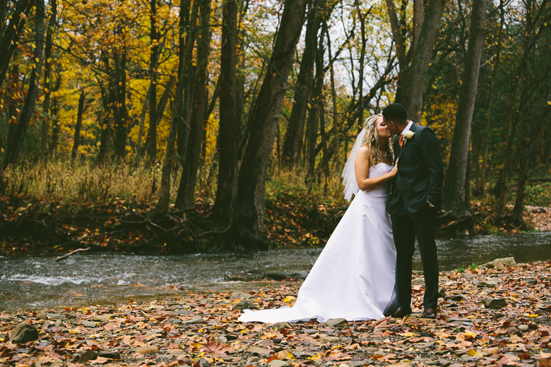 cleveland-ohio-wedding-photographer_brittany-elvis-109.jpg