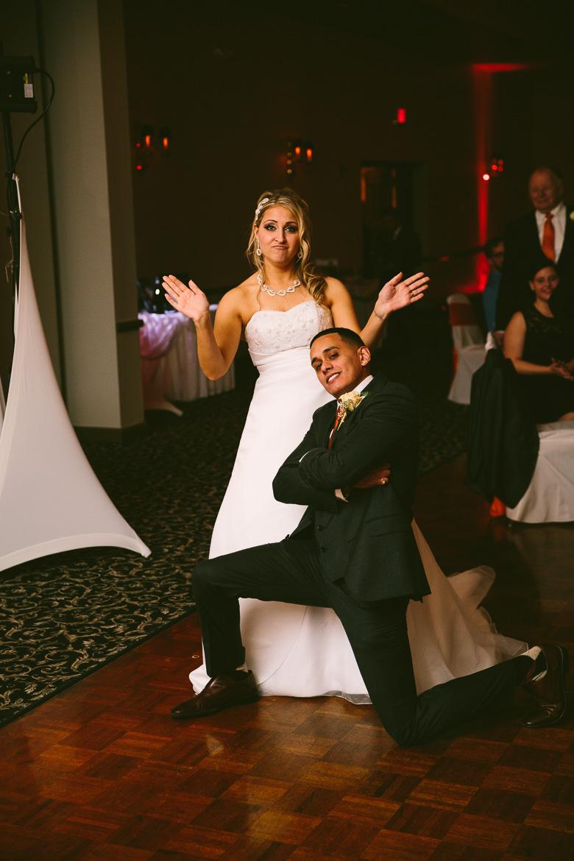 cleveland-ohio-wedding-photographer_brittany-elvis-135.jpg