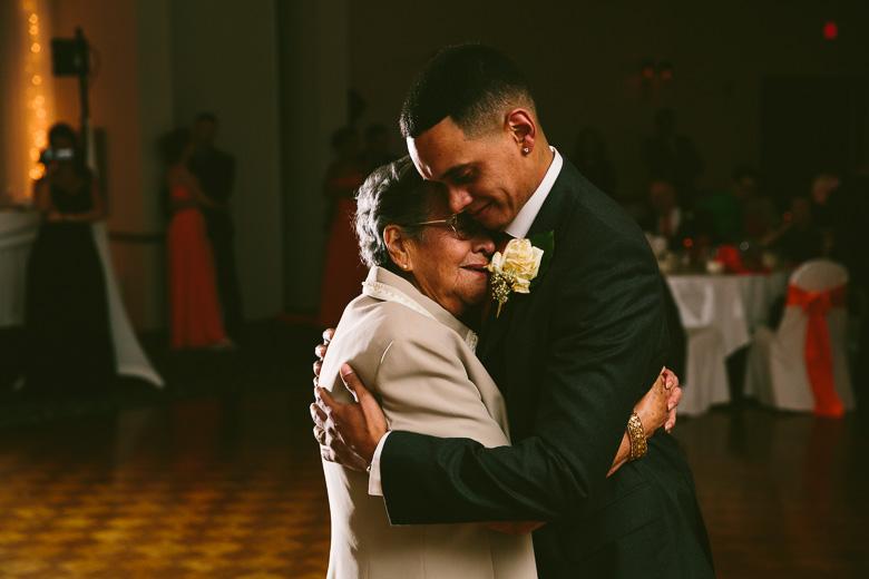 cleveland-ohio-wedding-photographer_brittany-elvis-147.jpg